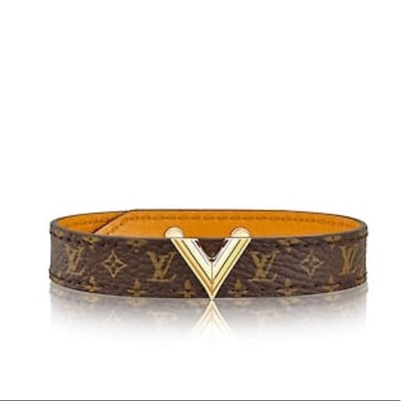 bde353d28db Essential V Bracelet LV